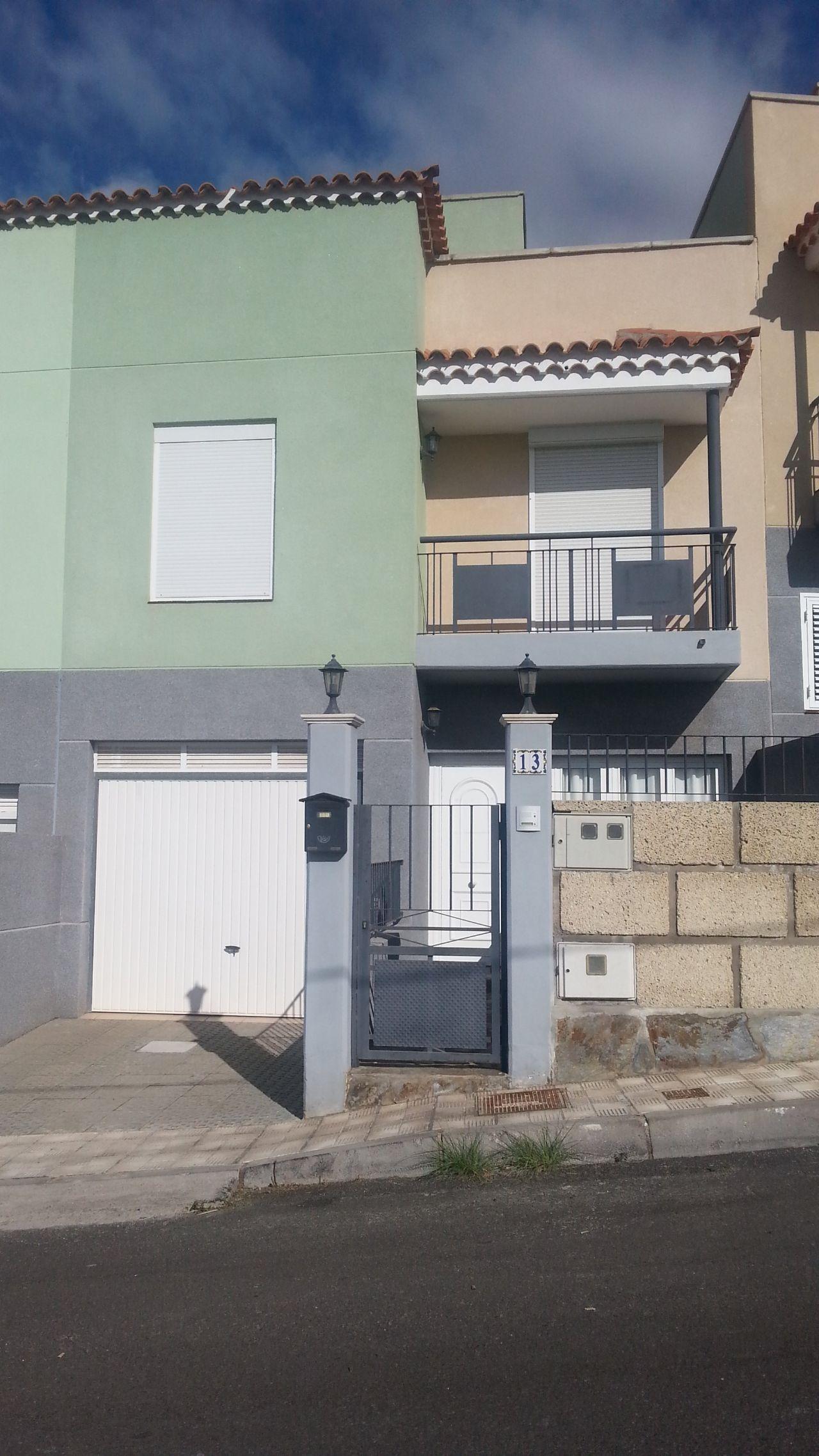 Дом в Канделярии (Тенерифе)